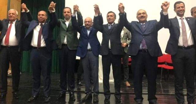 CHP'li Belediye Başkanı, İstifa Edip AK Parti'ye Katıldı