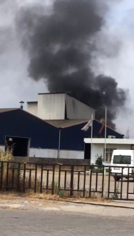 Hurda fabrikasındaki atık yağ tankı patladı