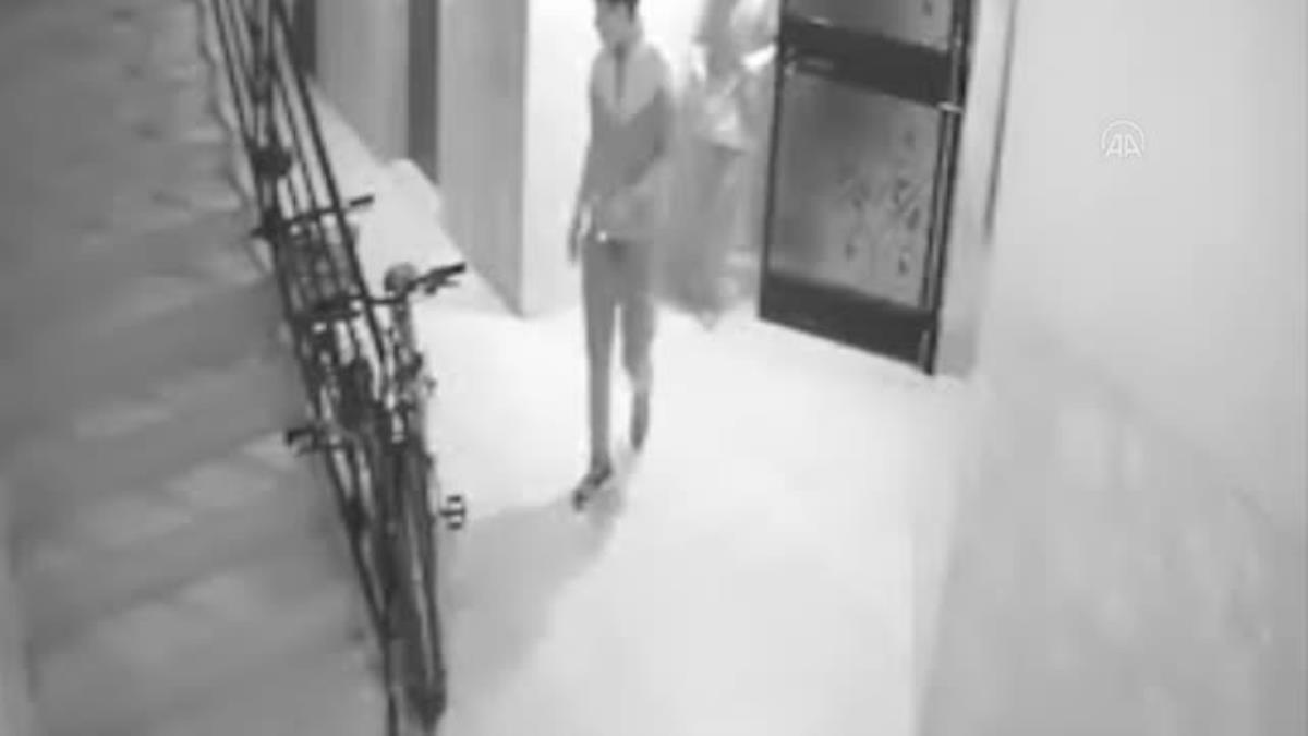 Son dakika... Bisiklet ve cep telefonu hırsızlıkları güvenlik kamerasına yansıdı