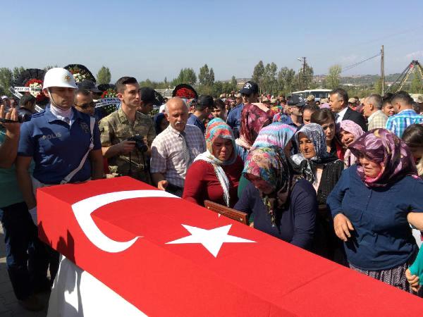 Şehit İşçi Ali Çam, Son Yolculuğuna Uğurlandı